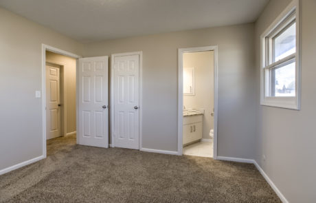 Bathroom remodeling done by contractor